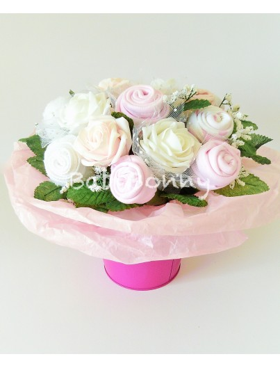 LOVELY FLOWER BOUQUET